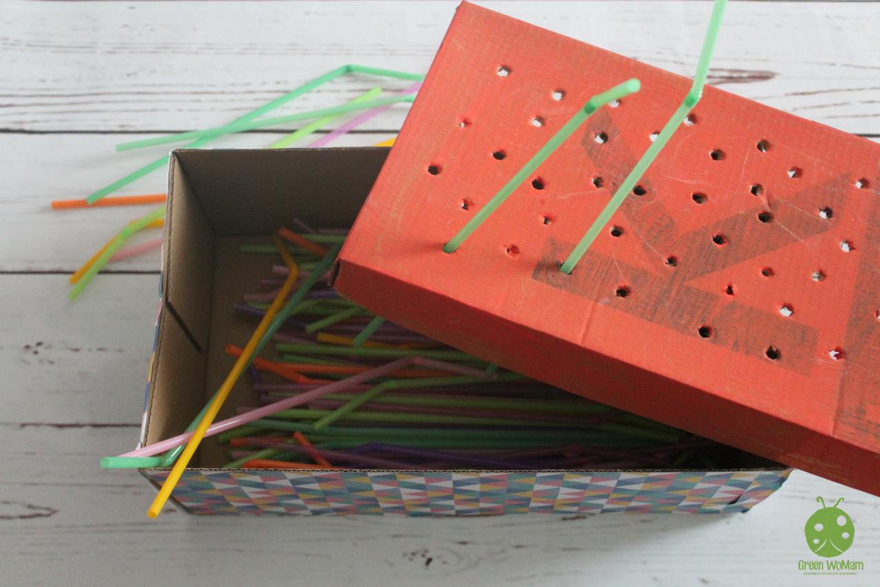 scatola delle cannucce